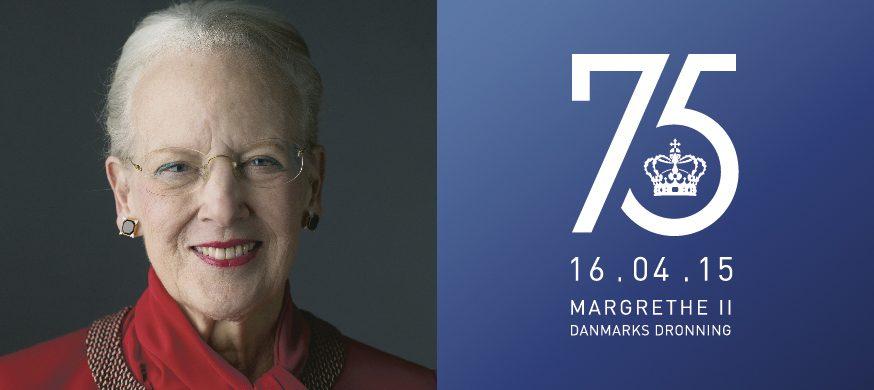 Dronning Margrethe 75 års jubilæumslogo af grafiker Poul Bjørn og Fotograf er Torben Eskerod.